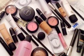 uitgelihte makeup